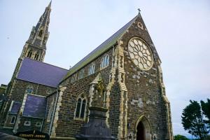 the-holy-cross-church